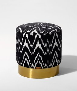 BLACK ZIGZAG STOOL